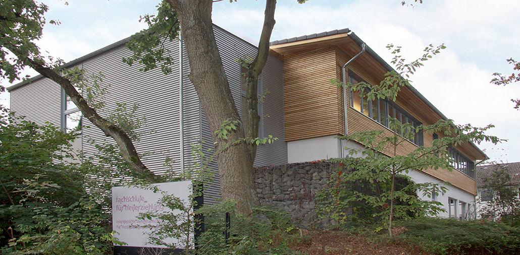 Aufstockung des Bestandsgebäudes der Fachschule für Heilerziehung um ein Obergeschoss