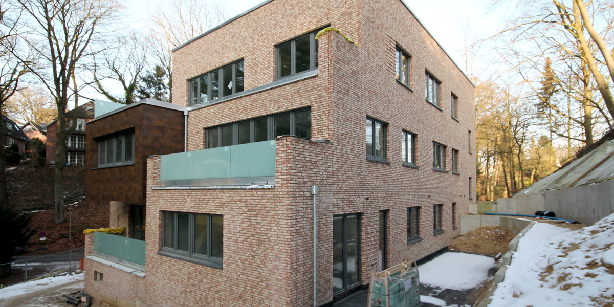 terrassenh user hamburg ei endorf der rohbau steht mmst architekten hamburg berlin. Black Bedroom Furniture Sets. Home Design Ideas