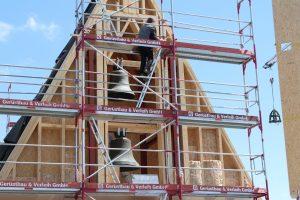 Die Glocken im Rohbau des Gemeindezentrums Hasloh