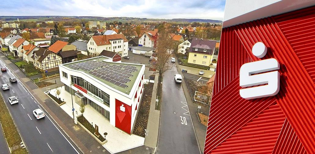 Sparkasse Göttingen mit Photovoltaikanlage auf dem Dach