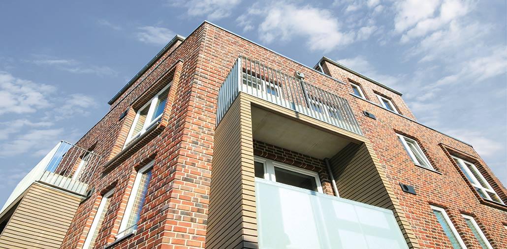 Neubau eines KFW-40-Mehrfamilienhauses in Hamburg Langenhorn, Fassadenecke